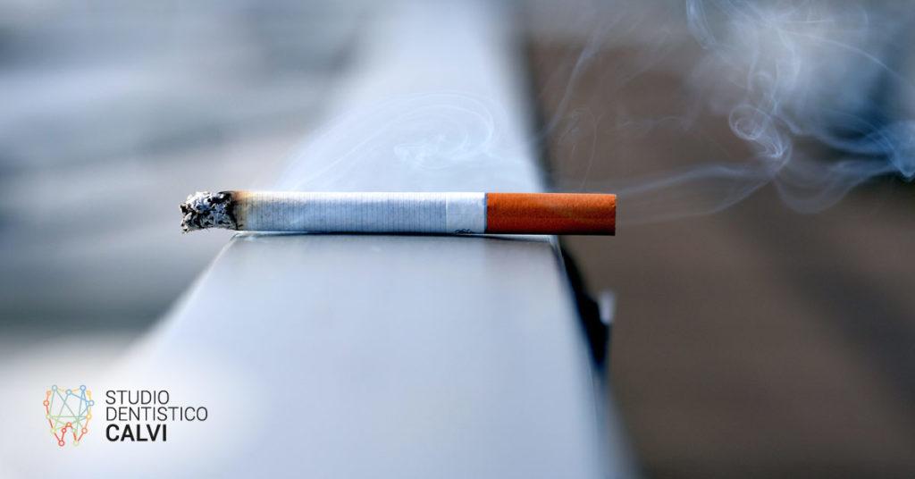 impianto dentale e fumo